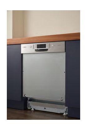 掲載写真はドア面材を取り付けています。 設置の際は、必ずドア面材を取り付けてください。